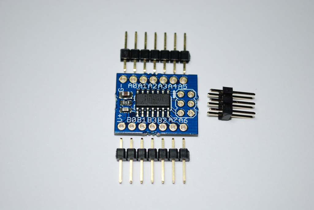 ecTiny 841 + connectors.